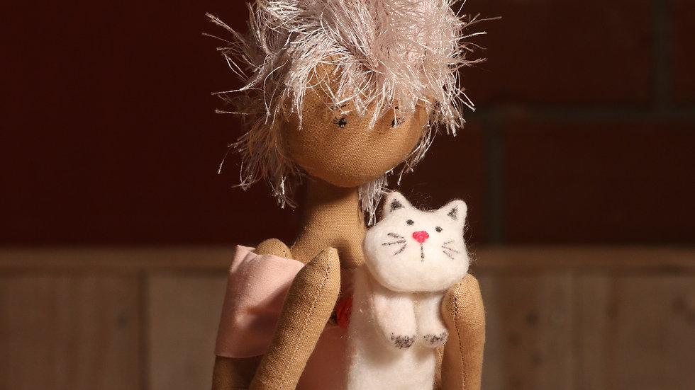 Boneca de Pano com gatinho