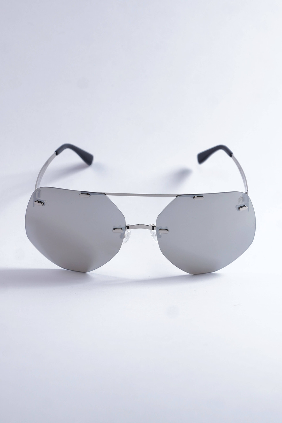 Pompöös Sonnenbrille Berlin, Glasses small 63/19 silber/grau