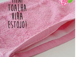 Mini-toalha vira estojo
