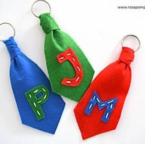Porta chaves gravata - Dia do Pai.
