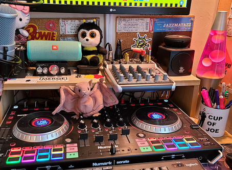 BumbleBee Brunch Playlist: 10/9/2020