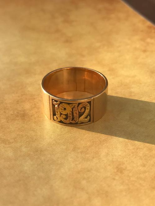 Antique 14k Yellow Gold Cigar Band Ring