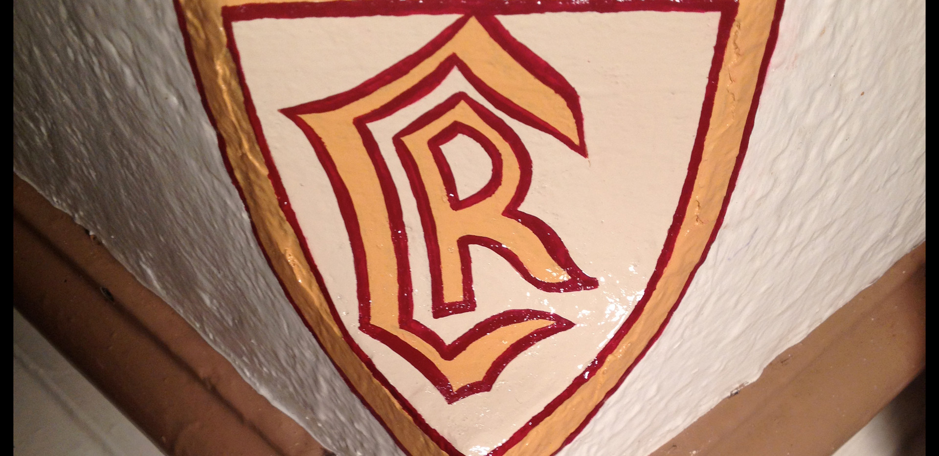 Columbia-crest-shield-oil-painted-hand-r