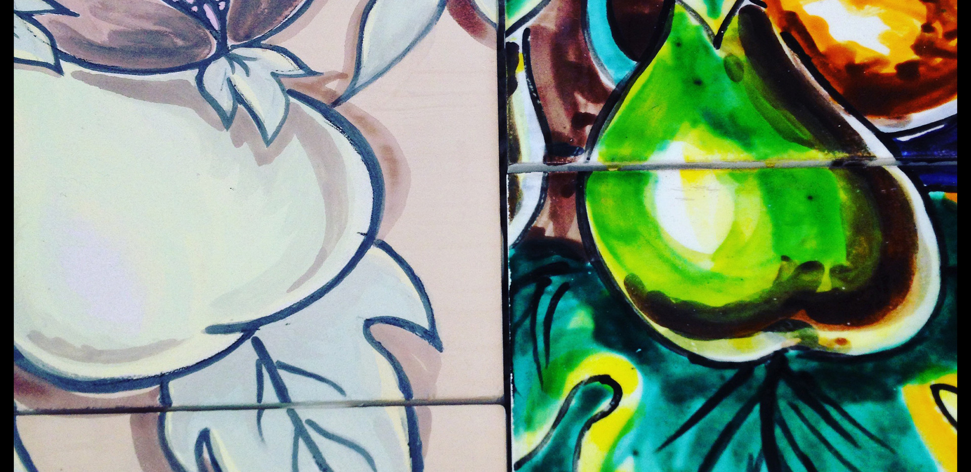 tile-wall-painted-by-hand-glazed-fruit-c
