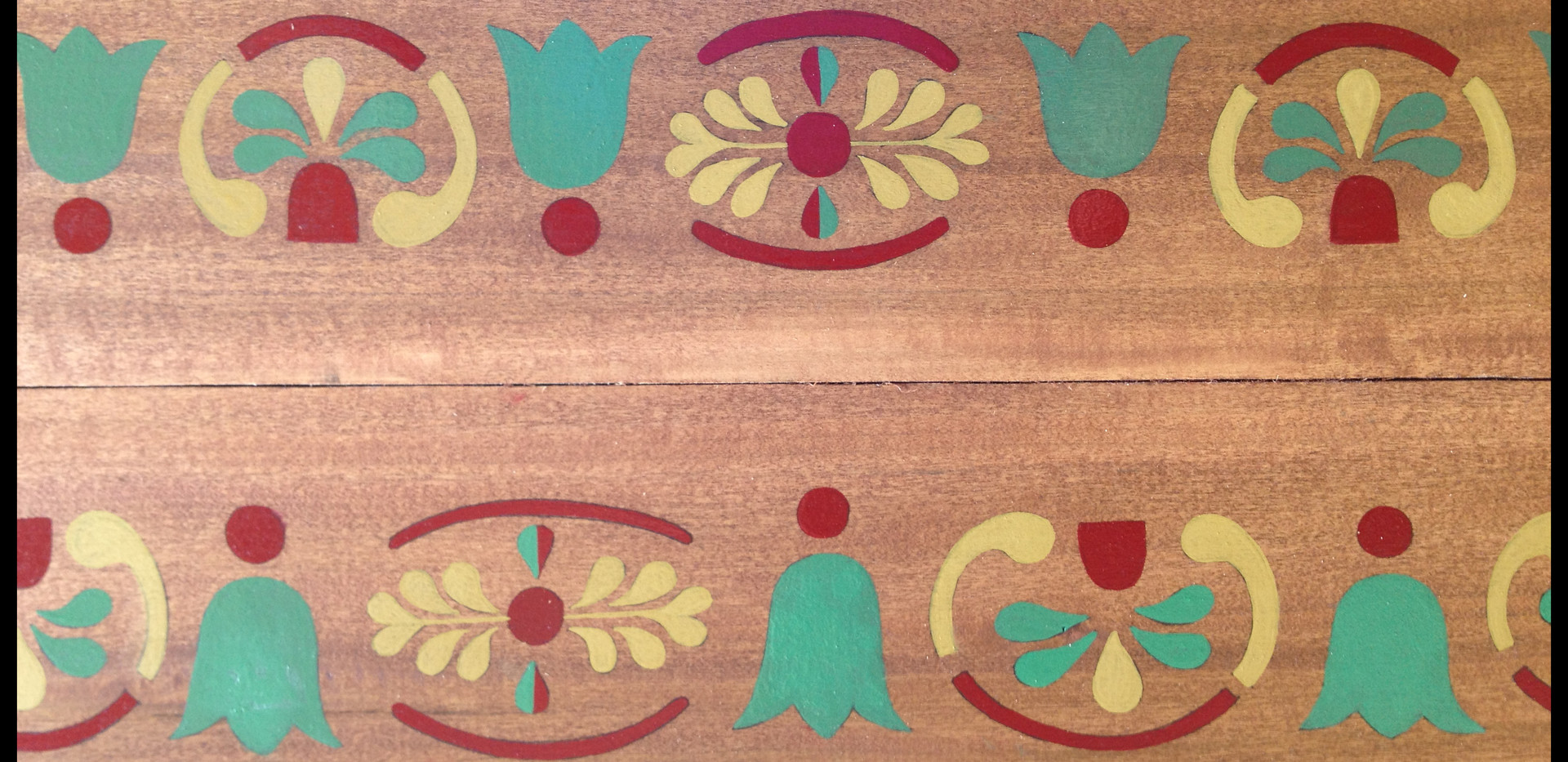 Columbia-painted-wood-detail-viciousarts
