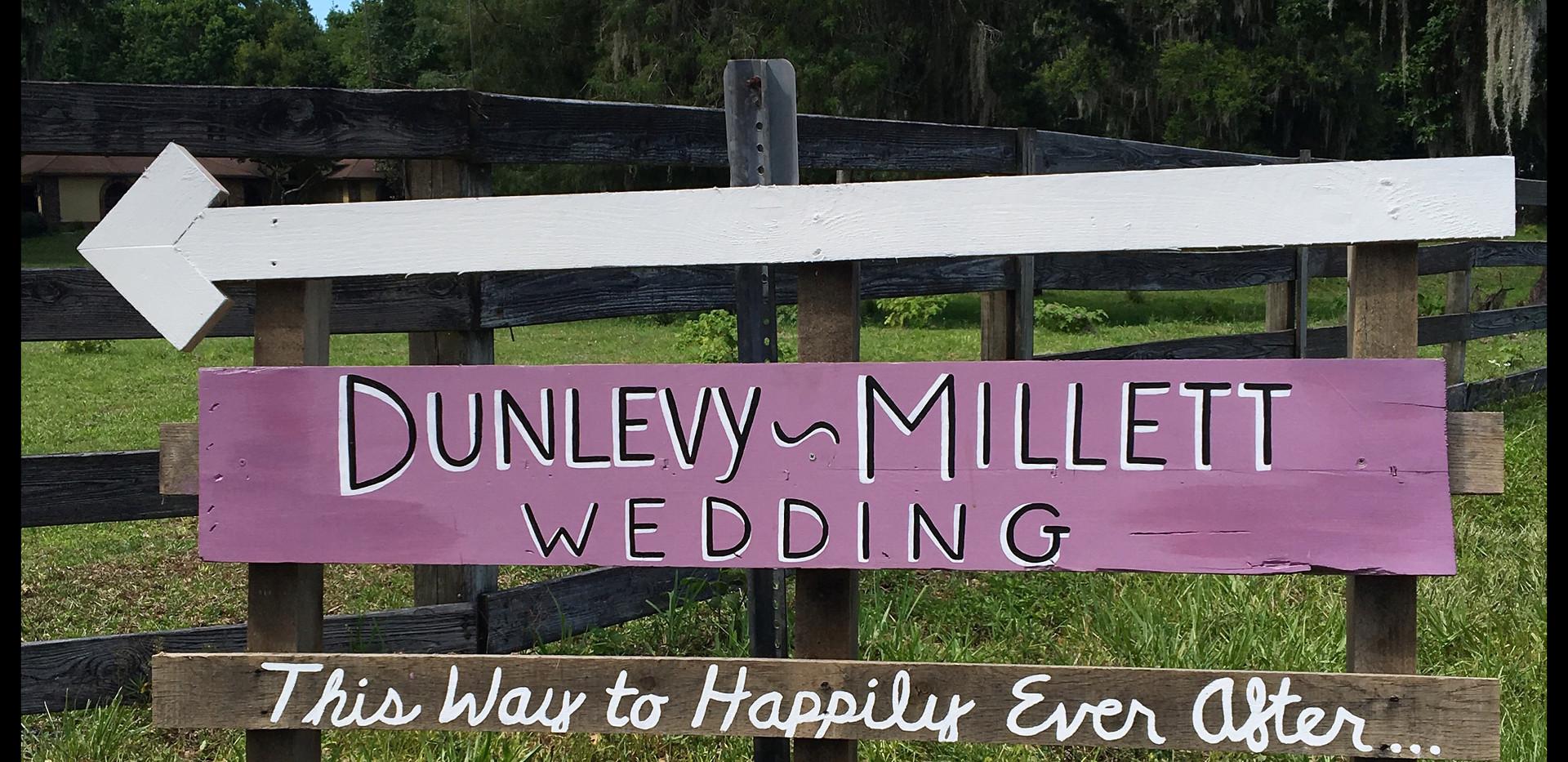wooden-wedding-sign-custom-design-artwor