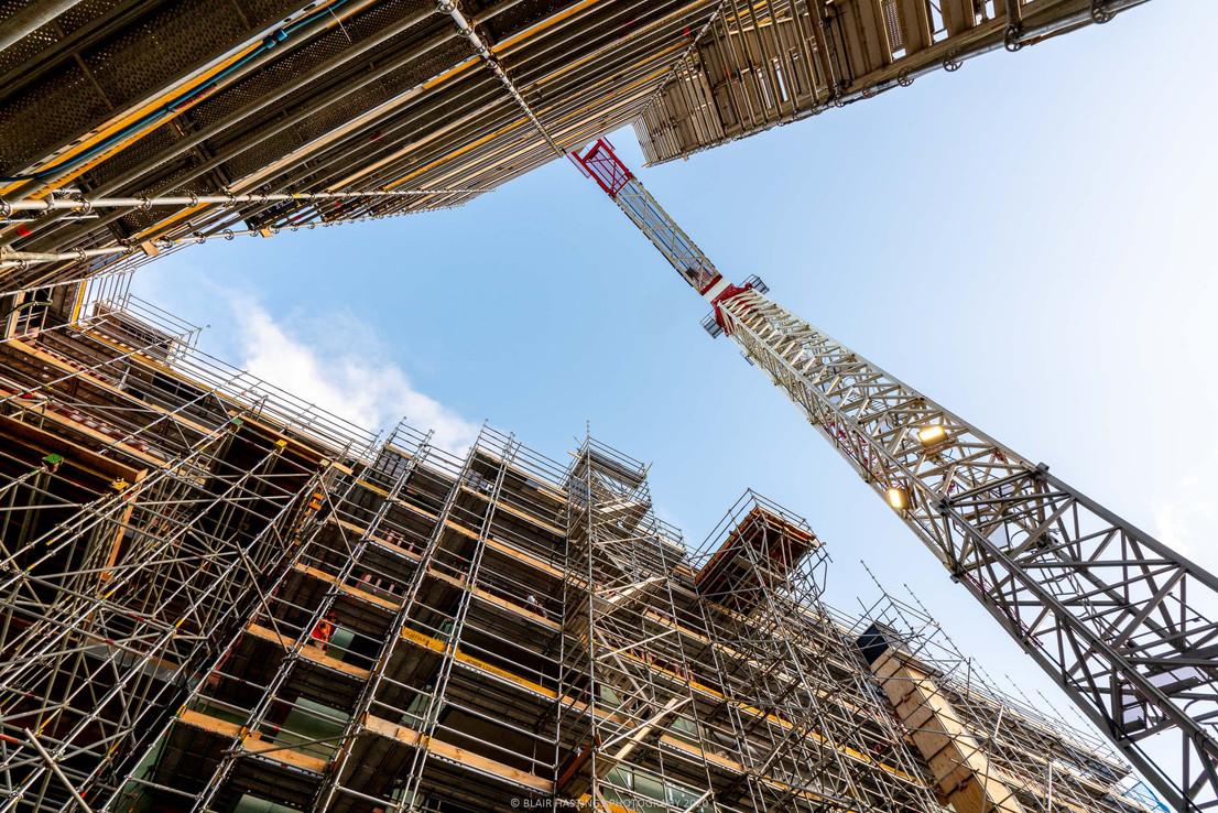 CONSTRUCTION - APRTMENTS - SCAFFOLDING