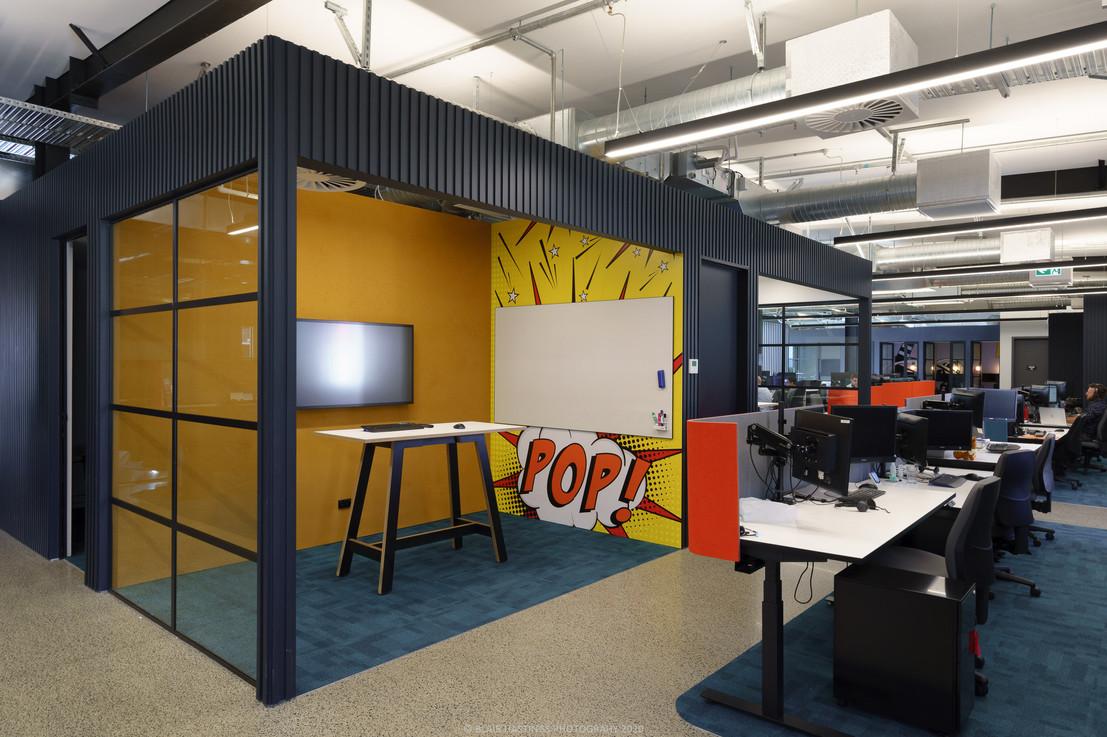 INTERIOR - OFFICE - POP