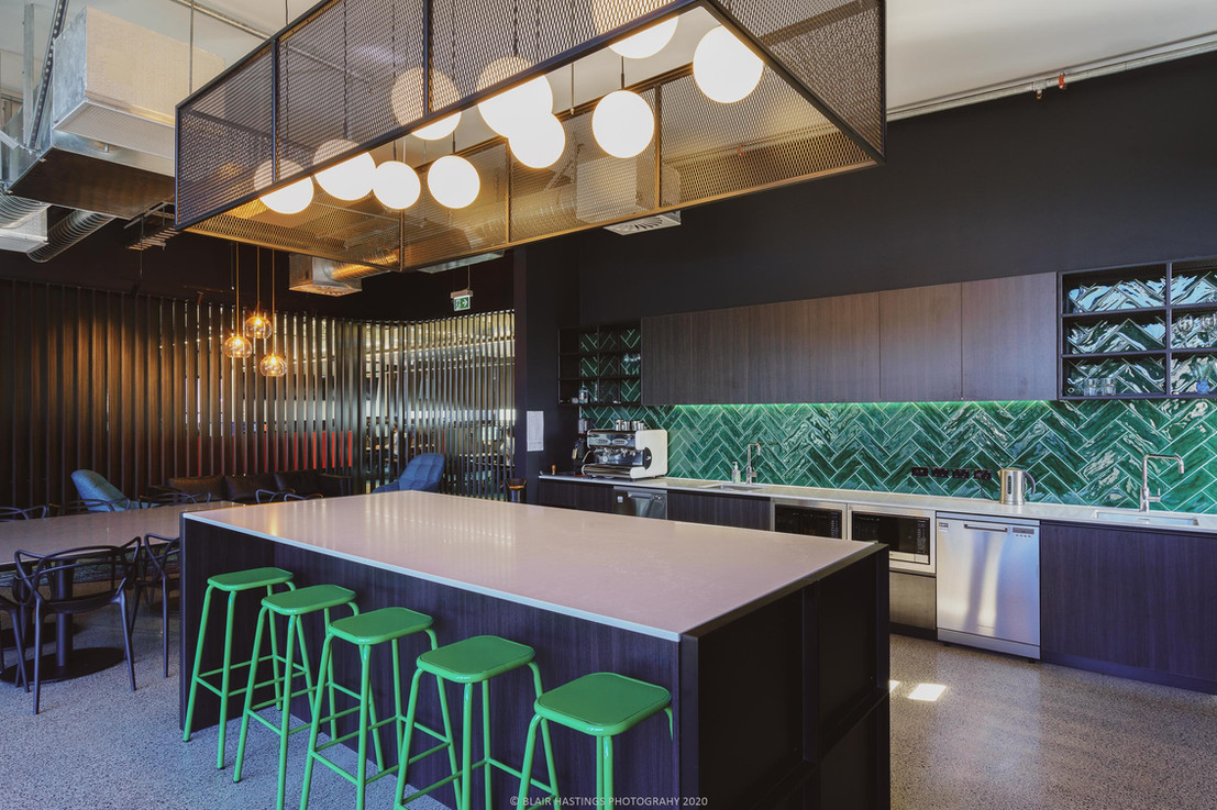 COMMERCIAL - OFFICE - KITCHEN