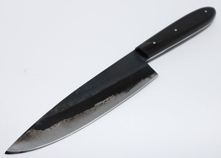 Couteau de cuisine forgé et corne de buffle
