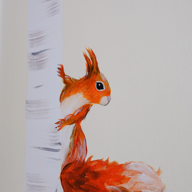 hand-painted-red-squirrel-sarah-dowling-
