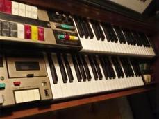 Lowery Organ