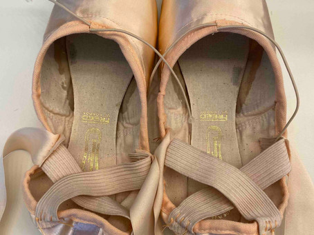 Pointe Shoes: Sew Them Fast & Make Them Last