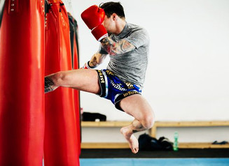 9 Totally Awesome Muay Thai Benefits