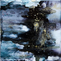 abstract alcohol ink painting on tile in black and gold