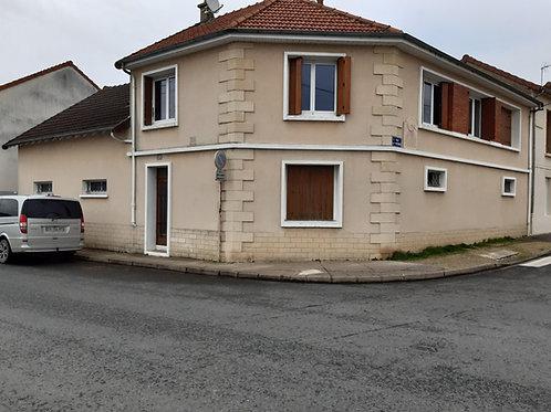 9876 Maison Moulins
