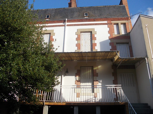 8795 Maison MOULINS