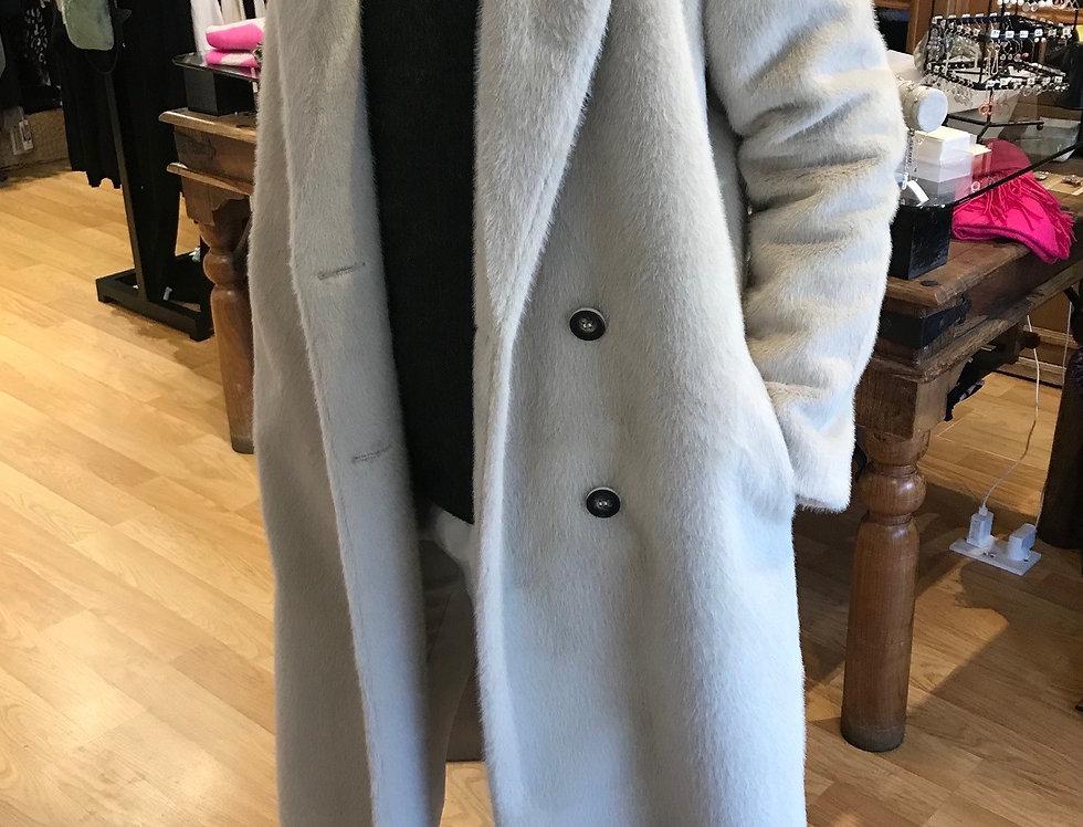 Dakin Cream Short Hair Coat