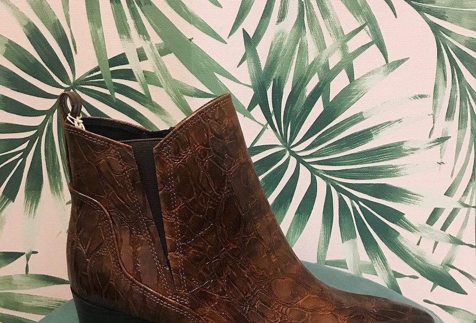 Tan Western Style Boot
