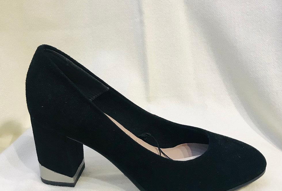 Detailed Heel Black Court Shoe