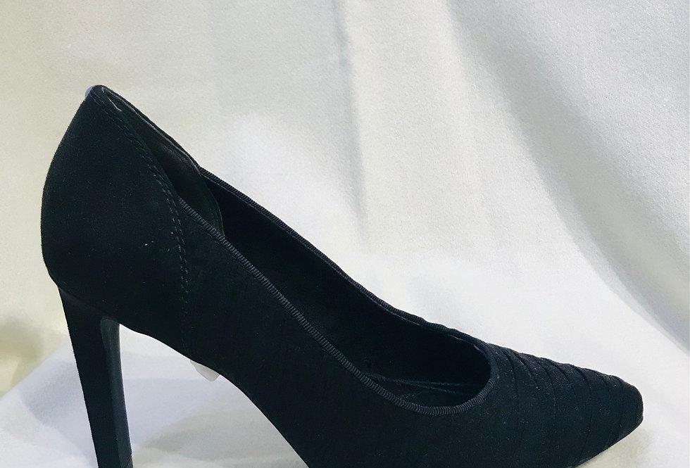 High Black Court Shoe