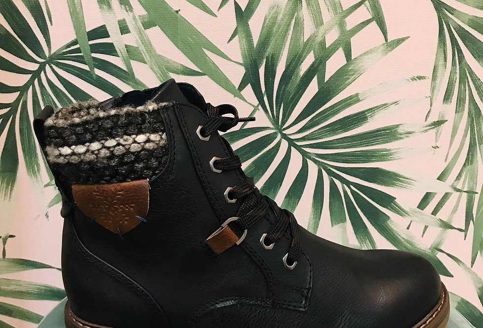 Fabric Detail Boot