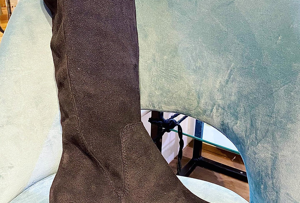 Chunky Heeled Black Long Boots