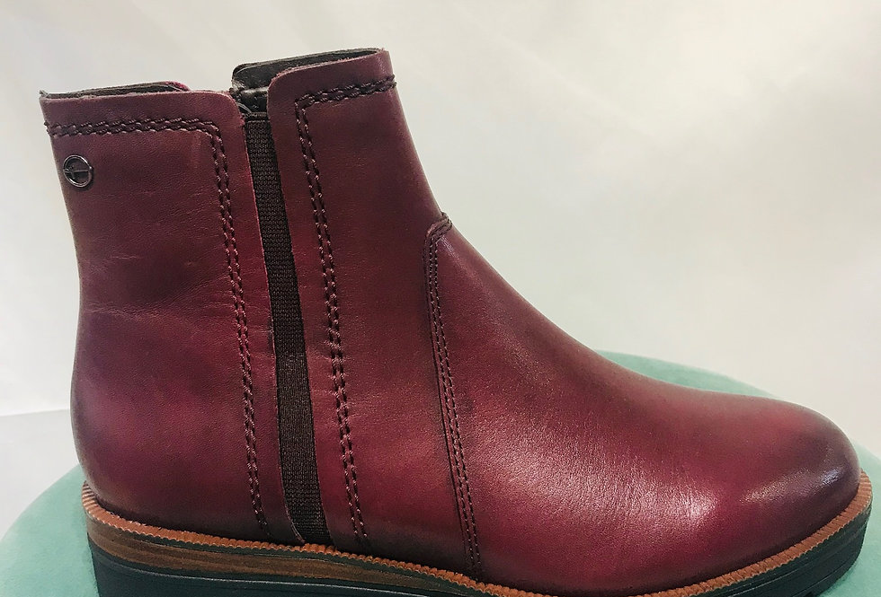 Bordeaux boot