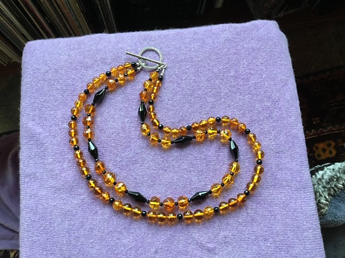 Claudon—Amber and Onyx Necklace
