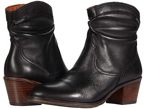 Pikolinos 8810 Black Dress Boot