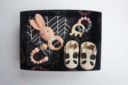 Blush Deluxe Baby Box
