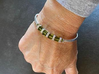 Bracelet_front_IMG_8811_6.75-fit-on-6.25