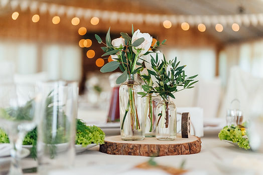 centerpiece_wedding_wood_greens_floral_e