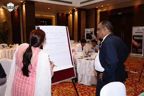 (L-R) Ms. Shefalee Gupta, Mr. G. Balasubramanian