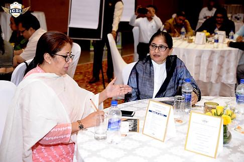 (L-R) Ms. Shefalee Gupta, Headmisterss-Seniors, Tagore International School, New Delhi, Ms. Abha Sadana