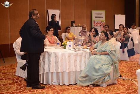 Mr. G. Balasubramanian addressing school leaders at LEADING in Chaos ICSL School Leader Transformation Program