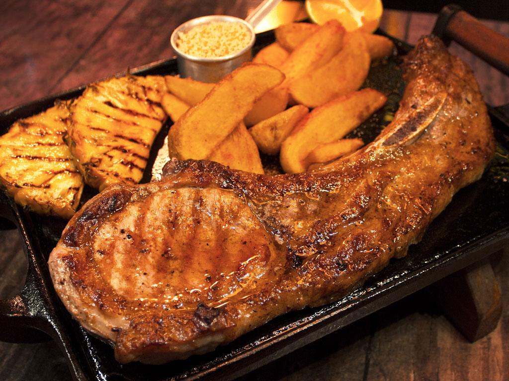 Tomahawk Duroc Pork