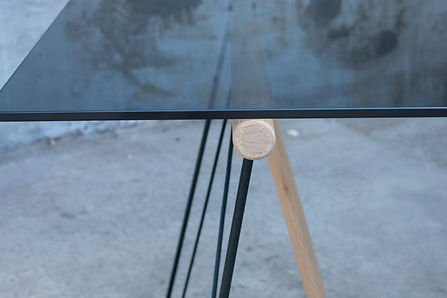 kontour design - BE side table detail
