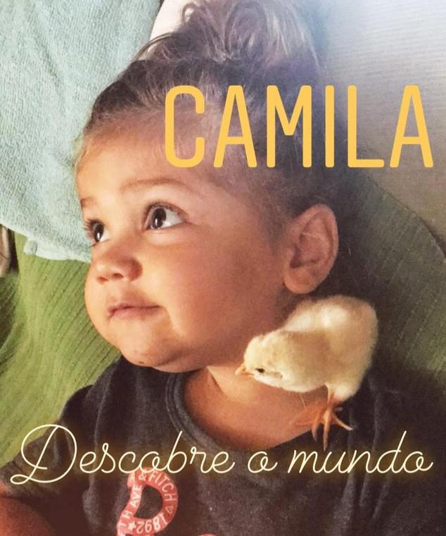 A Camila já não descobre o mundo... sozinha!