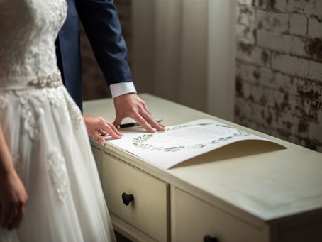5 Tips for Signing Your Ketubah