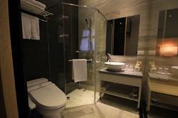 經典雙人房浴室
