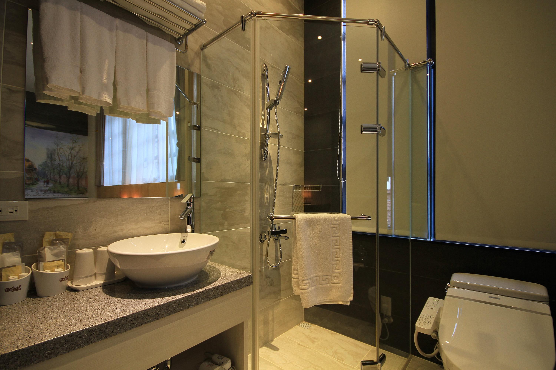 幸福家庭房浴室