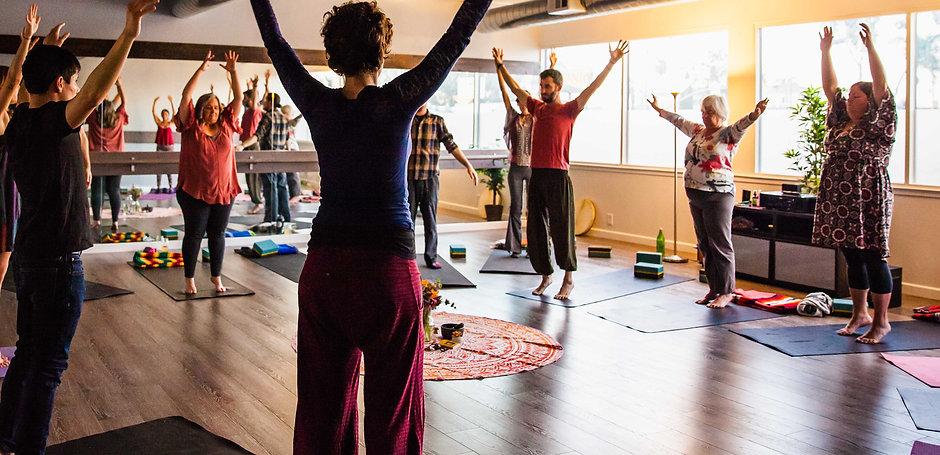 yogaOutdoors.jpg