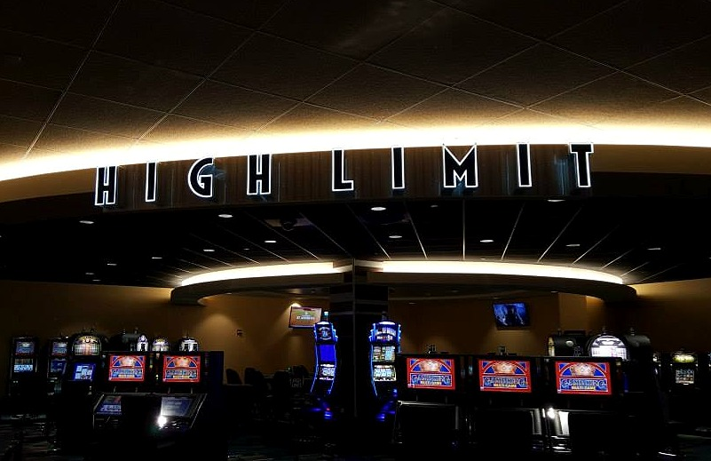 High Limit Sign - Jackpot Junction Casino