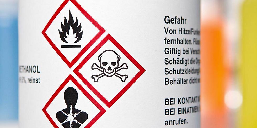 """AUSGBUCHT: Webinar """"Gefahrstoffe vorschriftsgemäß etikettieren"""" (exklusiv für Chemiebüro-Kunden)"""