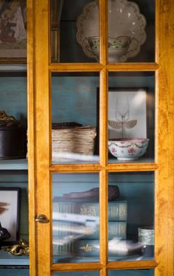 cabinet books