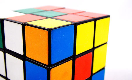 rubiks-cube-891410_1920.jpg