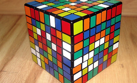 rubiks-cube-1390088_1920.jpg