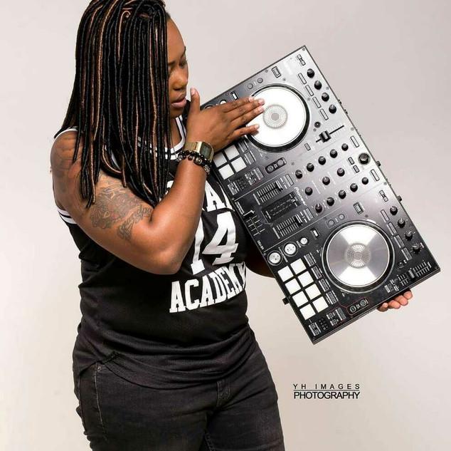 Kimisha Maull (DJ Kaotic)