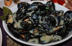 MusselsTrieste.JPG